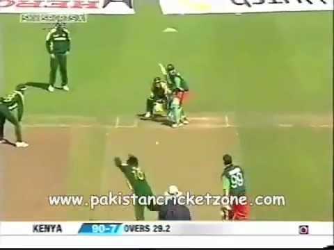 Shahid Afridi bowling fast - YouTube.FLV thumbnail