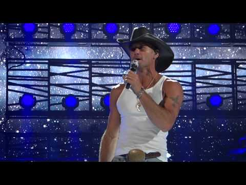 Tim McGraw Phoenix 5 16 14 Live Like you Were Dying