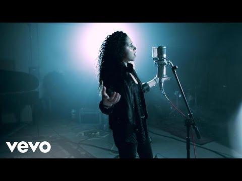 Katrina Woolverton - Hold Me Down