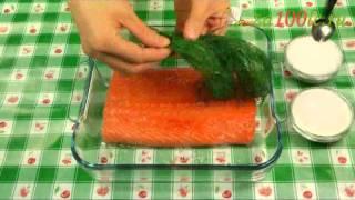 Слабосолёная сёмга видео рецепт(На странице http://za100le.ru/fish/salted-salmon.html Вас ждут подробные фото и пропорции этого рецепта., 2012-09-02T19:56:35.000Z)