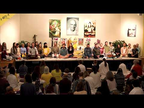 prayer-to-sri-dhanvantari- -dhanvantari-mantra- -ayurveda-chant-for-healing