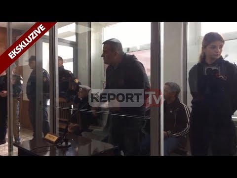 Report TV - Kukës, dalin para gjykatës 5 personat e arrestuar për laboratorin e heroinës në Has