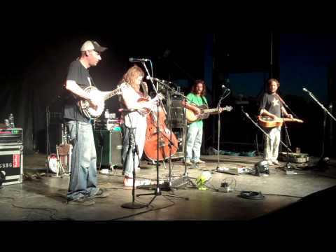 """Greensky Bluegrass- """"Handguns"""" finale at Hoxey Pre-Party"""