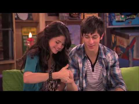 Selena Gomez and David Henrie - Wizards of Waverly Place The Movie - Fan Interview withmez