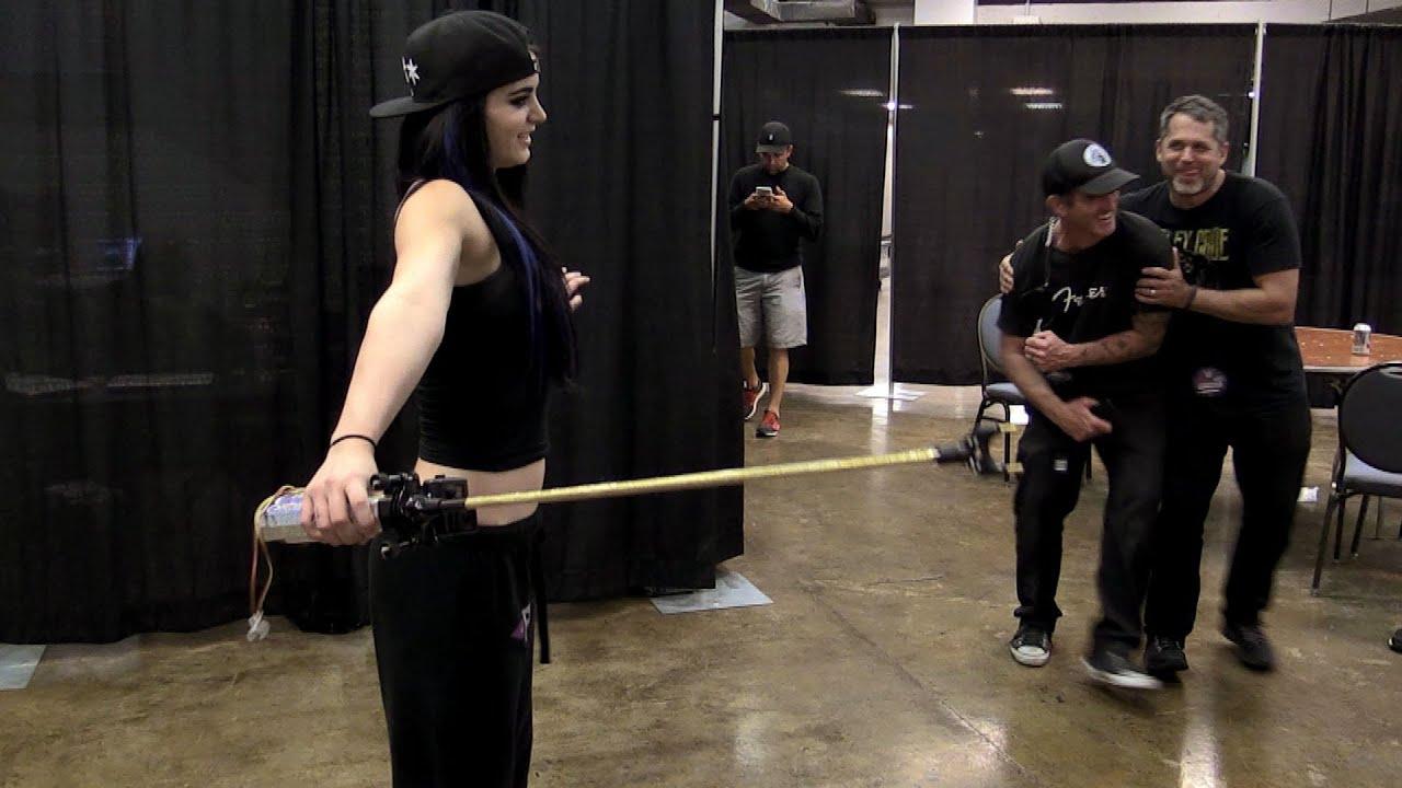 Download Paige schockt WWE Superstars... wortwörtlich!: Swerved (WWE Network)