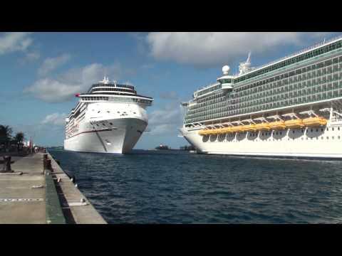 Nassau Bahamas: Carnival Miracle Arrival - December 4, 2012