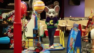 dane boy running man challenge chuck e cheese edition