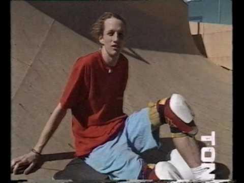 High 5 - Late 80s skateboarding - Tony Hawk at Fallbrook
