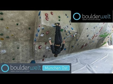 double-toehook---boulderworld-munich-east