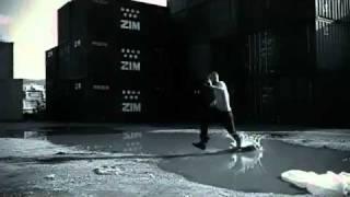 Смотреть клип песни: Giorgos Mazonakis - Ego Ti Zoi Mou
