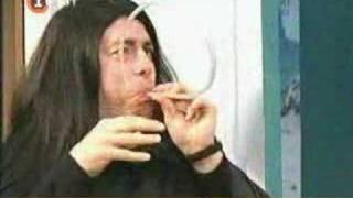 El productor del canal -  Manuk, encantador de mangueras - Cha Cha Cha thumbnail