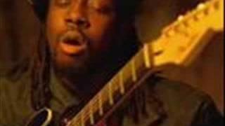 Wyclef Jean Ft. Mary J Blige-911