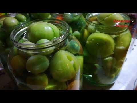 Вкуснейший и простейший семейный рецепт консервированных зелёных томатов