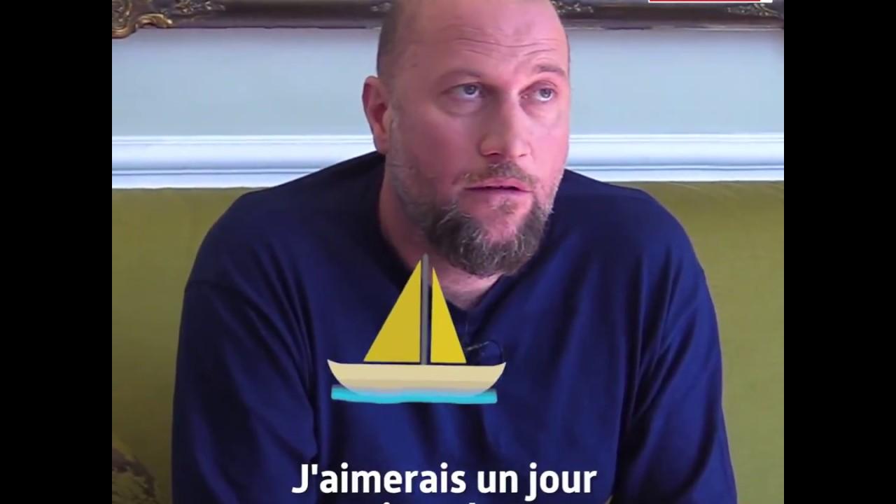 François Damiens, né le à Uccle, est un humoriste et acteur belge.