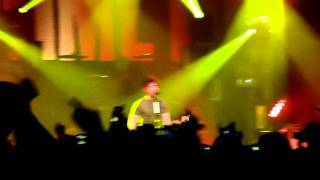 All Time Low - Damned If I Do Ya (Damned If I Don't) - Liverpool Guild of Students - 6th March 2011