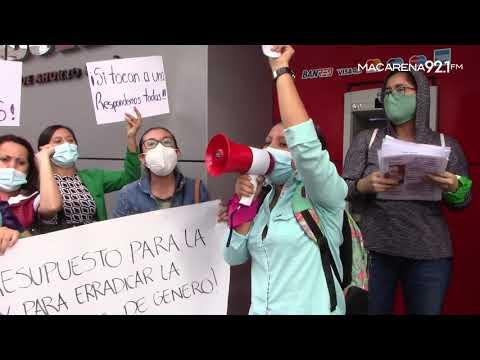 Plantón contra la violencia a la mujer | Santo Domingo | Radio MACARENA