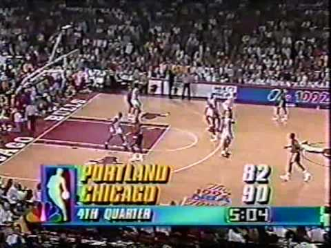Bulls vs Blazers 1992 Finals - Game 2 - Michael Jordan scores 39