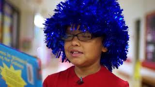 Los estudiantes de Dallas ISD celebran el cumpleaños del Dr. Seuss