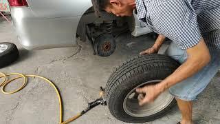 Tháo lắp vỏ bánh xe ô tô như thế nào