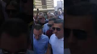 Đilasovi huligani napali novinare u centru Beograda