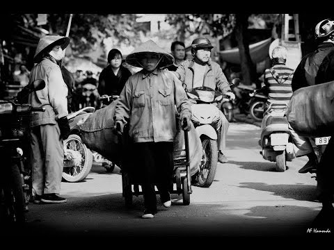 "An Introduction to ""Street Photography""   Part 1   مقدمة إلى التصوير في الشارع"