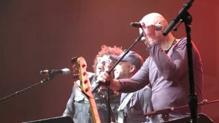 Forever Young - Roger Waters, Billy Corgan, Tom Morello, G.E. Smith & the MusiCorps Band