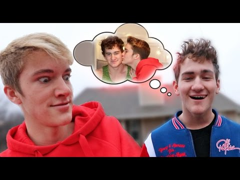 READING THE DIRTIEST FANFICTION! (FEAT. QUENTIN)