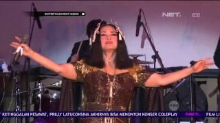 Video Titi DJ Hipnotis Penonton Konsernya di Bintaro download MP3, 3GP, MP4, WEBM, AVI, FLV Oktober 2017