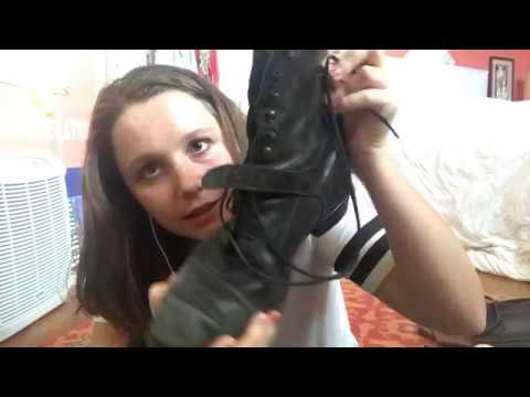 ASMR Binaural Leather Sounds/ Shoe collection (tapping)