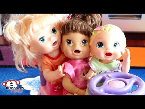BabyAlive Babysitter Fun!  Nanny Sabrina Cares For The Girls!