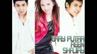 Video Jangan kau pergi - Erry Putra , Reen & Shajiry download MP3, 3GP, MP4, WEBM, AVI, FLV Mei 2018