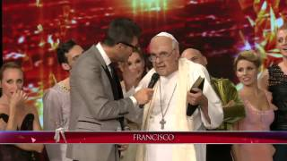 Showmatch 2014 - El Papa Francisco visitó a los bailarines en Showmatch