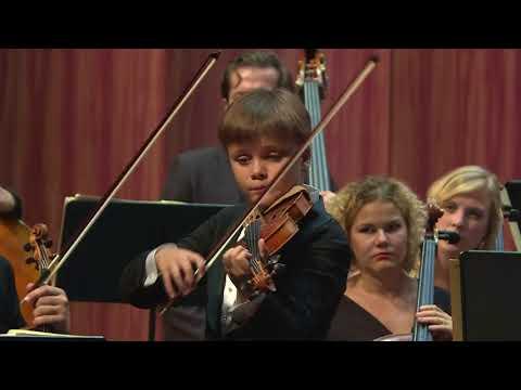 Daniil Bulayev | Mozart | Violin Concerto No. 3 | 2015 Zhuhai International Violin Competition