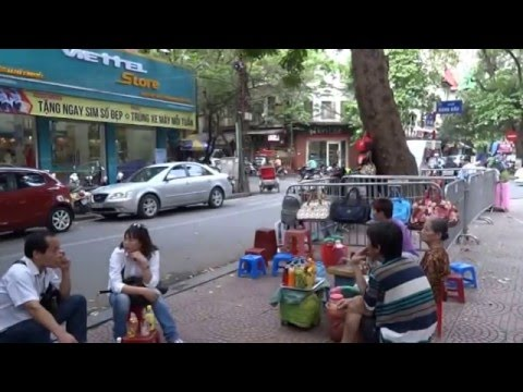 HANOI, VIETNAM, DRIVE AROUND HANOI VIETNAM, CRAZY TRAFFIC IN HANOI,