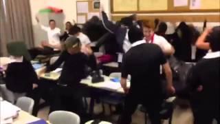 Harlem Shake In Austrian High School (Avusturya Lisesi Harl