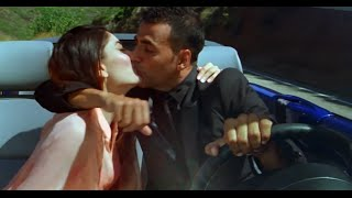 Repeat youtube video Kambakht ishq star share a kiss in the car