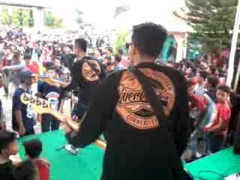 Overbodden - Sandiwara live in Balai Desa Karang Kandri Cilacap