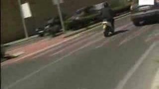 Joven muere tras ser arrastrado durante dos kilómetros por un coche thumbnail