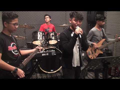 Semangat Yang Hilang ( PAYSLIP feat IZZO XPDC ) by RYAN BAND