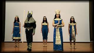 Театр мод «За солнцем идущие». Коллекция «Египет. Начало»