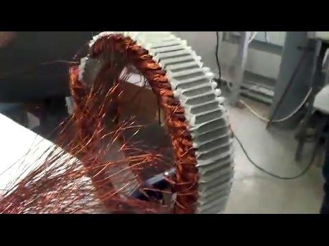 Мотоци́кл (фр. Motocycle, от лат. Mōtor — приводящий в движение и греч. Κύκλος — круг, колесо) — двухколёсное (либо трёхколёсное) транспортное средство с механическим двигателем (двигатель внутреннего сгорания, электрический, пневматический) главными отличительными чертами которого.