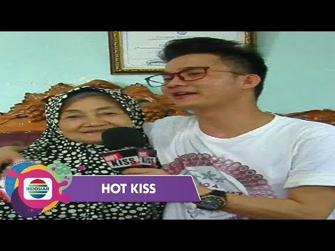 Antusias Warga Menyambut Kedatangan Yendri LIDA - Hot Kiss