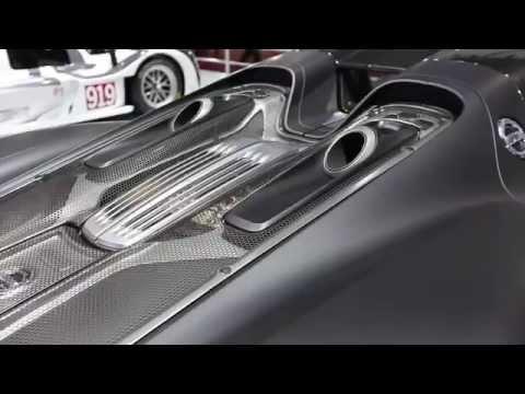 Porsche reúne mais de 2.500 cv no Salão do Automóvel 2014