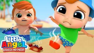 Hati-hati dengan Pasir Panas di Pantai!anLagu Anak | Little Angel Bahasa Indonesia