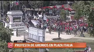Organizaciones sociales inician marcha pacífica en Plaza Italia
