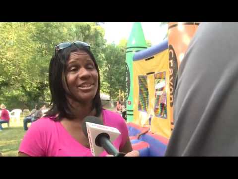 Couple collects backpacks, school supplies for DC kids in need