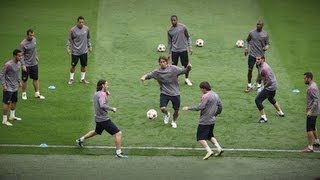 One of Football Daily's most viewed videos: FC Barcelona AMAZING Tiki-Taka Skills