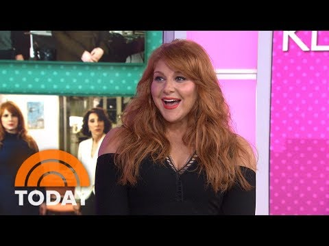 Julie Klausner Tackle Trivia Questions While NOT Eating Cream Cheese  TODAY