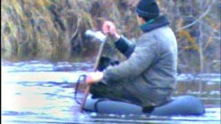 Ловля налима 08(Это видео из моего архива. Актуальна как раз такая рыбалка для сегодняшней погоды.Здесь я ловлю налима стар..., 2015-12-23T14:18:44.000Z)