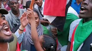 اغاني الثورة السودانية تنكي ترنكي ترلا خشي البنكي